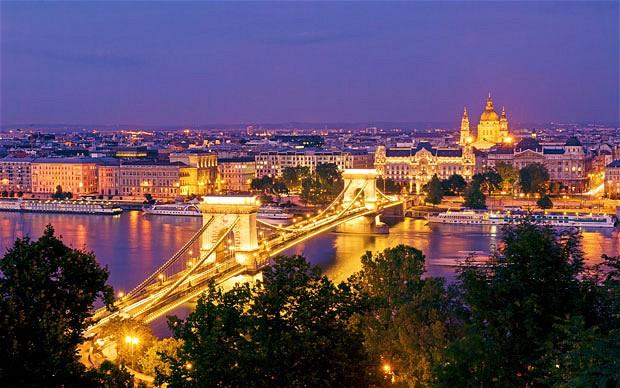 budapest_river_2